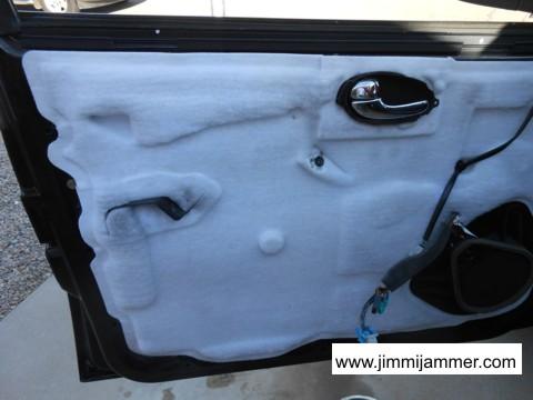 Photo 11 & Trailblazer Envoy door panel removal